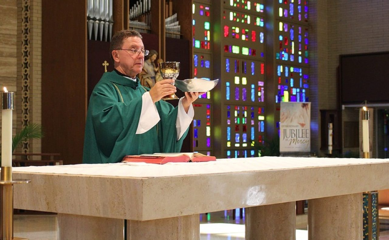 Here are 3 Mysterious Happenings In The Holy Eucharist